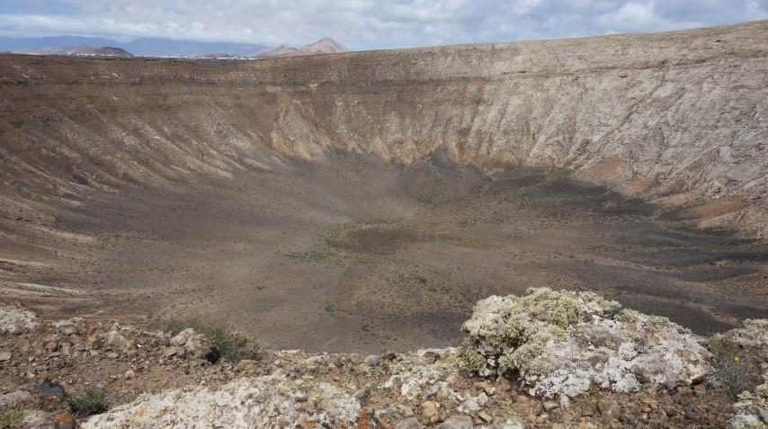Lanzarote, Caldera Blanca - největší kráter na ostrově