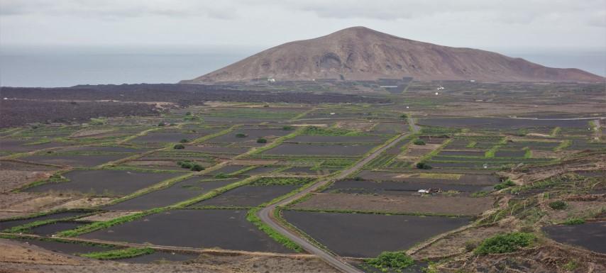 Lanzarote, pohled do zemědělské krajiny