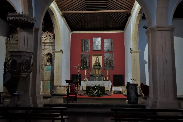 Interiér kostela v La Olivě