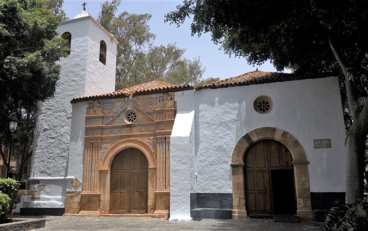 Kostel v Pájaře