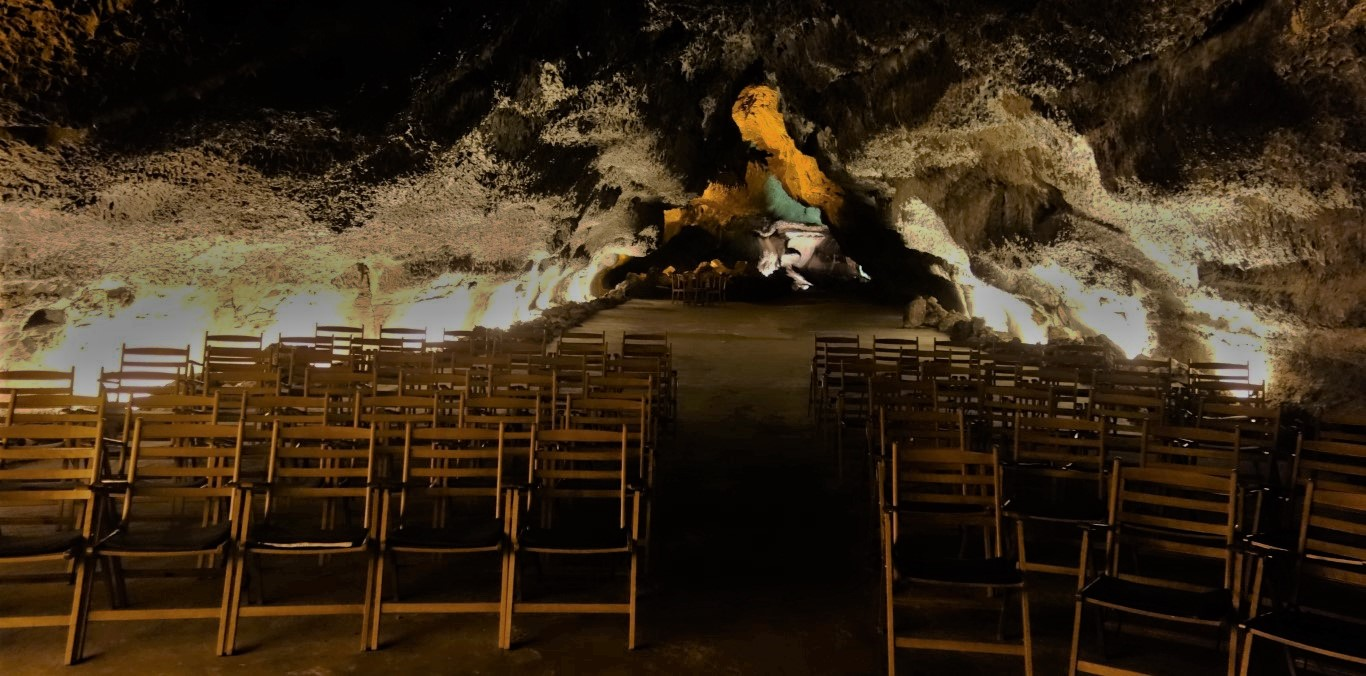Koncertní sál v Cueva de la Verde