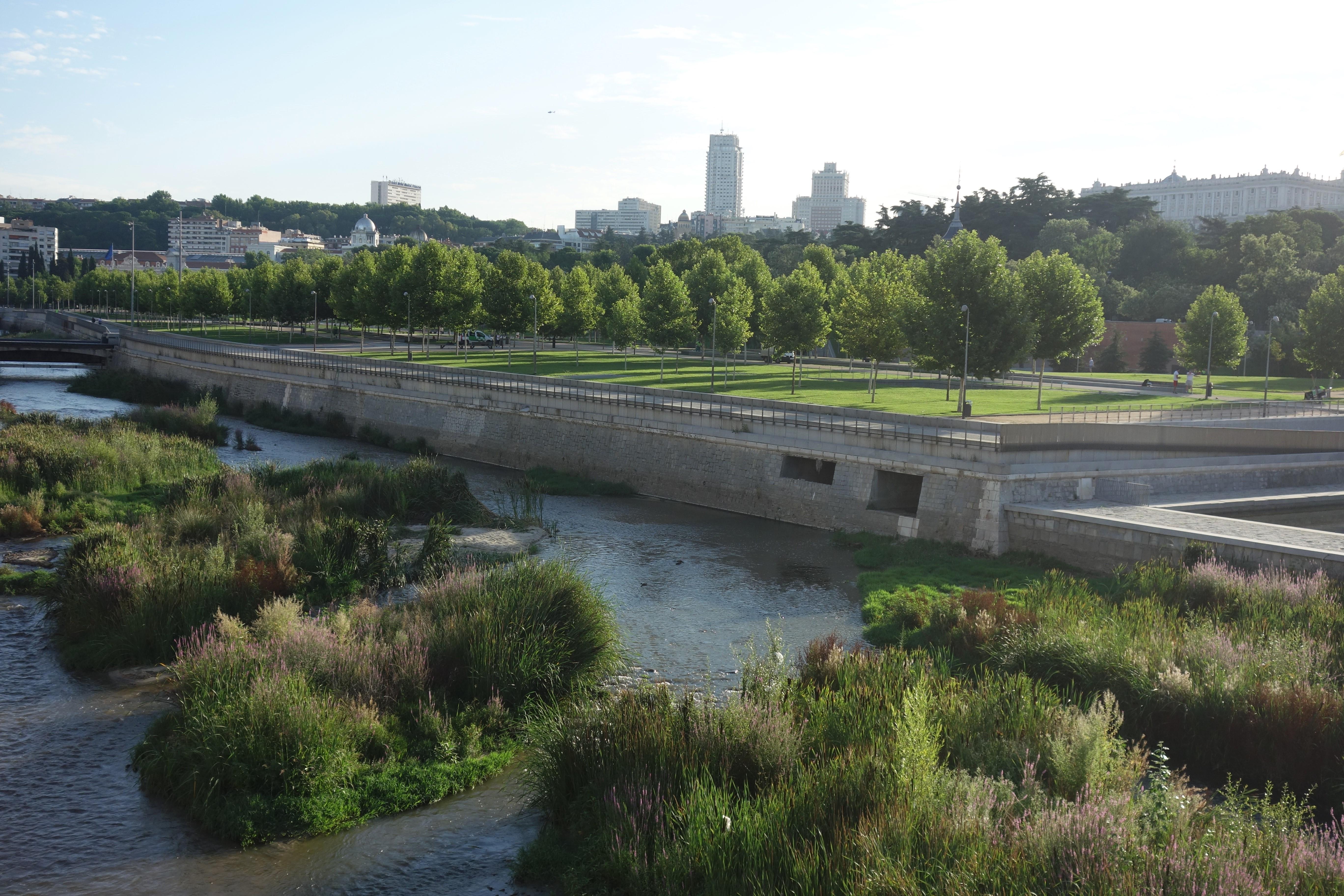 Río Manzanares, veletok protékající Madridem