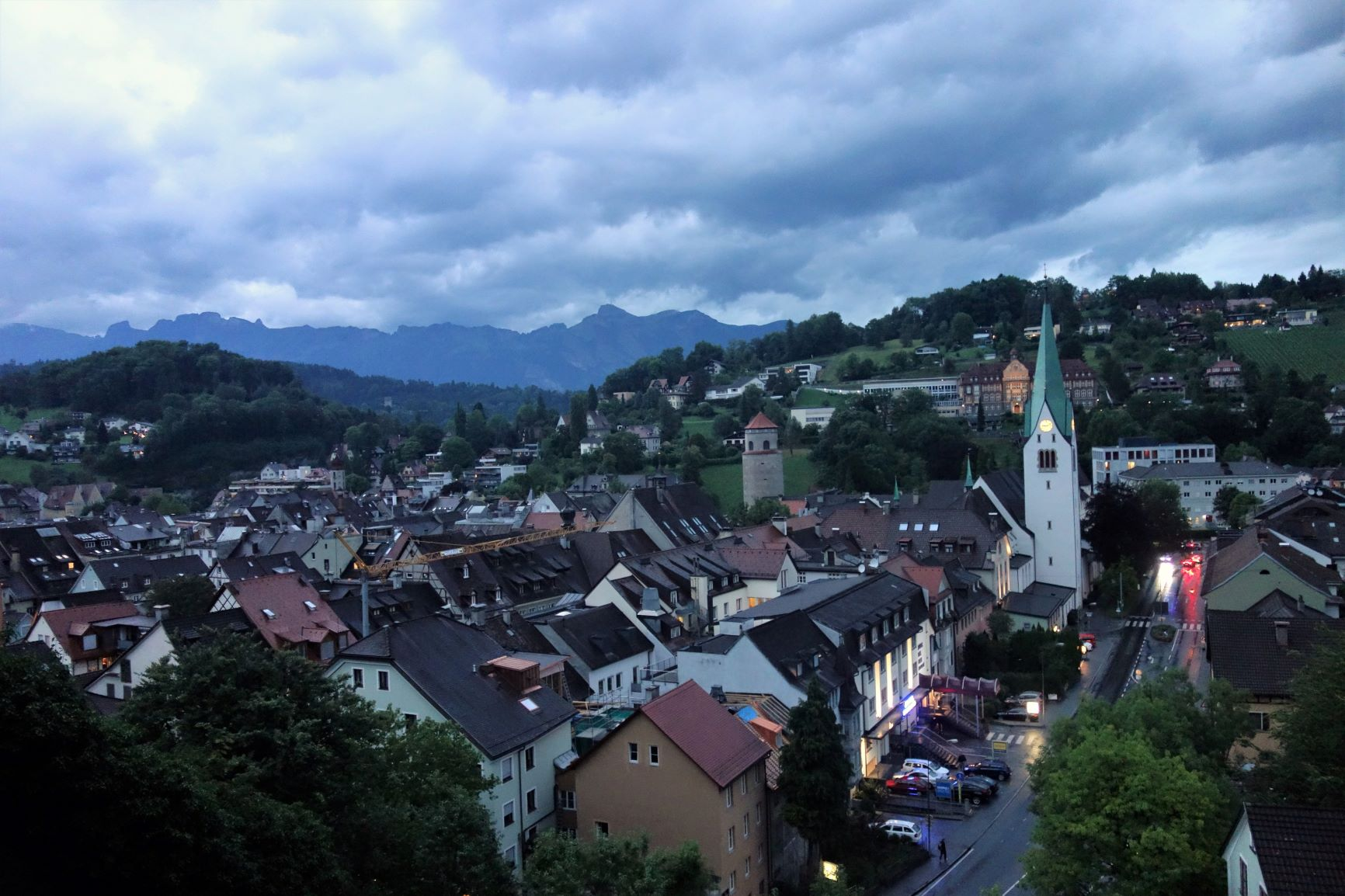 Vyhlídka na večerní Feldkirch